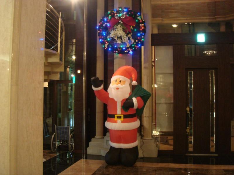 サンタさんがお出迎え♪